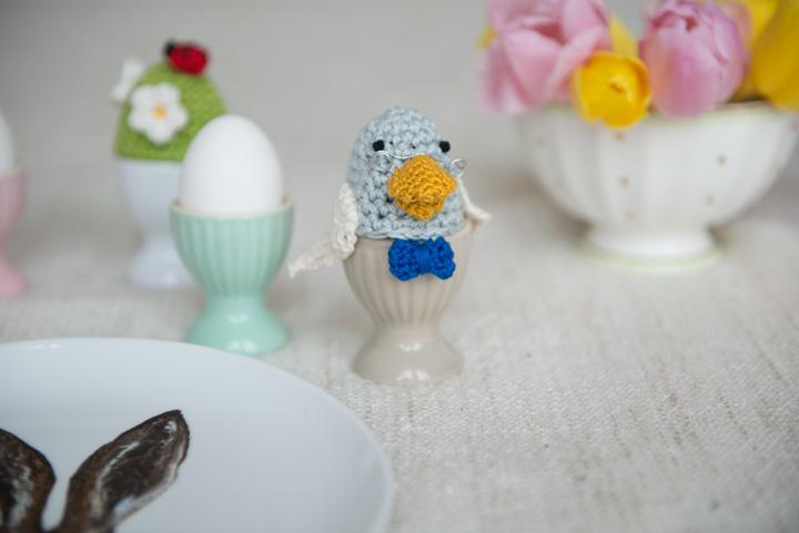 monika-häuschen-ostern-bastelei-basteln-mit-kindern-osterbastelei-eierwärmer-retro-selbstgemacht