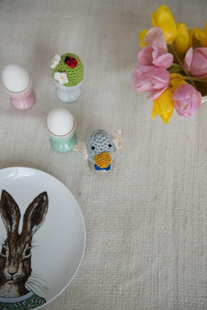 monika-häuschen-ostern-bastelei-basteln-mit-kindern-osterbastelei-eierwärmer-retro-selbstgemacht2