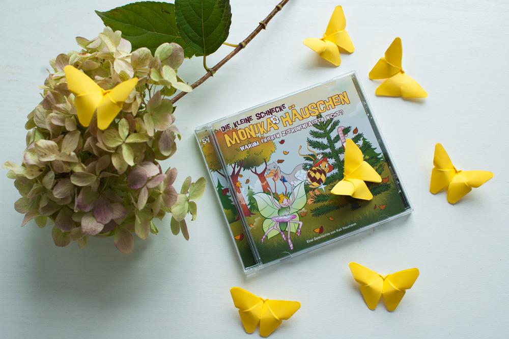 Bastelanleitung Schmetterling aus Papier falten